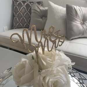 Mr. & Mrs. cake Topper - gold and diamonds